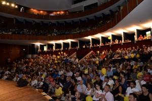 Teatro Vittorio Emanuele gremito per celebrare Vincenzo Nibali