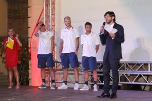 Hoxhaj, De Bode e Stampa nel corso della presentazione ufficiale della squadra