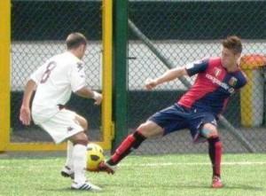 Il 21enne esterno destro in azione con la divisa del Genoa. In riva allo Stretto già tre ex rossoblu: Lagomarsini, De Bode ed il neo-acquisto Damonte
