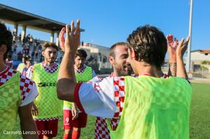 I calciatori del Due Torri celebrano un successo