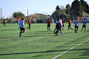 I calciatori dell'Atletico Pedara celebrano il momentaneo 0-2 sul campo del Pistunina (foto Omar Menolascina)