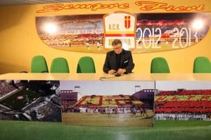 Il patron dell'ACR Messina nella sala stampa del San Filippo (foto Paolo Furrer)