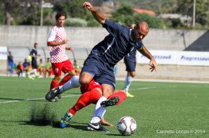Anche a Roccella il centrocampista Baldo Di Gregorio ha confermato le sue doti di grande combattente