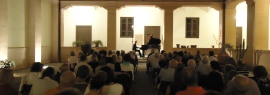 Settembre al chiostro_Acc. Filarmonica_concerto Andrea Padova