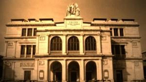 La facciata del Teatro Vittorio Emanuele di Messina