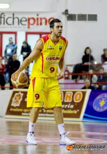 Il capitano Giuliano Maresca, unico riconferato dalla passata stagione