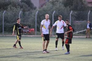 De Bode e Damonte in azione in amichevole. Il primo, vincolato al club da un accordo pluriennale, è cresciuto nel Genoa, il secondo è arrivato in prestito dal Varese