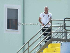 Lerda è stato costretto a seguire dalla tribuna le prime sei gare del Lecce