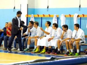 Coach Paladina e la panchina dell'FP Sport
