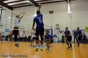 Un'azione di gioco del Volley Brolo