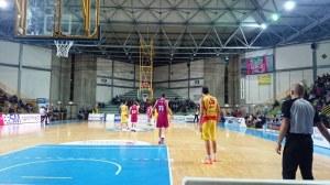 Garri (Barcellona) in difesa