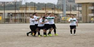 I calciatori del Camaro celebrano il successo