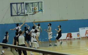 Basket School - Zafferana, si lotta a rimbalzo