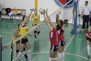 Un attacco del Messina Volley