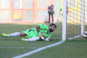 Iuliano vede il pallone insaccarsi alle sue spalle (foto Gabriele Maricchiolo)