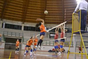 Una fase del match tra AS Volley e Messana Tremonti
