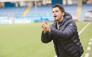 Arturo Di Napoli nelle nuove vesti di allenatore
