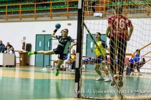 Una fase del match fra Handball Messina e Scinà Palermo