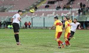 Il colpo di testa di Bjelanovic che avrebbe potuto fruttare il 2-1