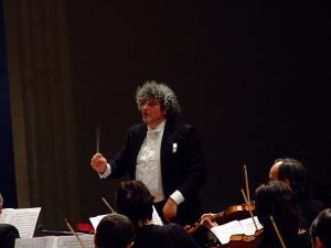 Il direttore d'orchestra Orazio Baronello