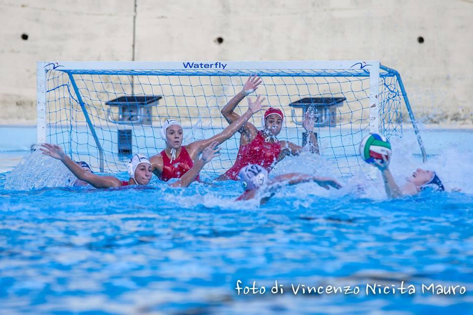 Una fase del match fra WP Messina - Imperia conclusosi su 7-7