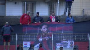 I tifosi del Milazzo espongono uno striscione