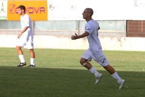 Citro festeggia dopo uno dei 10 gol firmati con la squadra di Rando