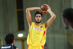 Il pivot di Barcellona Matteo Da Ros, decisivo nel successo con Verona