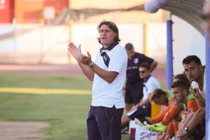Alessandro Cucciari in panchina