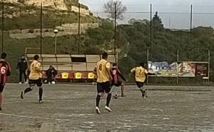 Contesse-Messinaudace 3-1. Duello a centrocampo