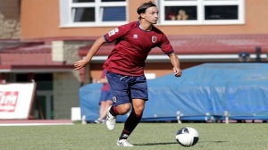 Il difensore Alberto Cossentino con la maglia della Reggiana