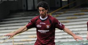 Manuel Mancini ancora in azione con la maglia granata
