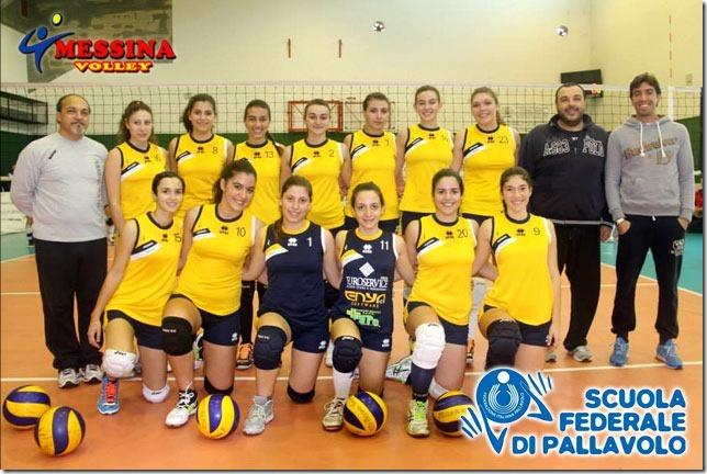 Il team del Messina Volley di Serie D