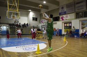 Lombardo trionfa nella gara del tiro da 3 (foto Luca Giuffrè)