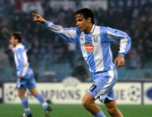 Simone Inzaghi è recordman di realizzazioni in Uefa con la maglia biancoceleste: 20 gol, quattro nel 5-1 contro il Marsiglia in Champions League