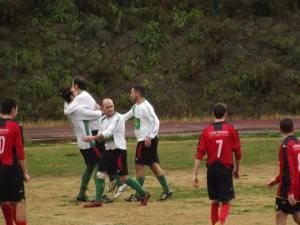 L'esultanza del Città di Villafranca dopo il 2-1