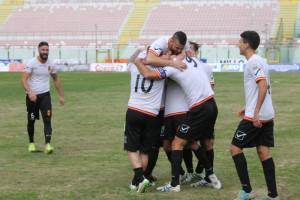 La gioia del Messina al gol dell'1-0