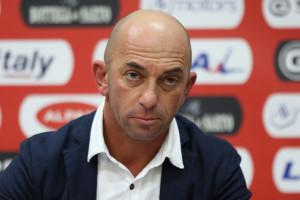 Il tecnico del Lecce Alberto Bollini
