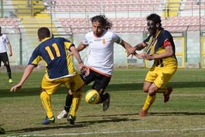 Corona in azione contro la Juve Stabia, un club con cui conquistò la B