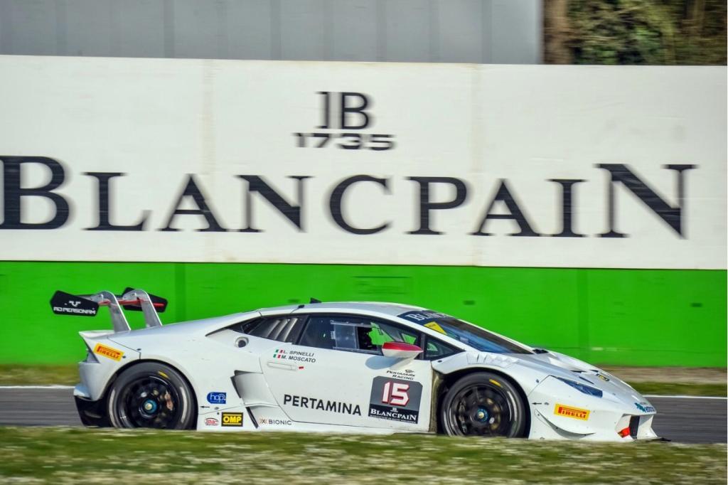 Moscato in azione nel Lamborghini SuperTrofeo a Monza