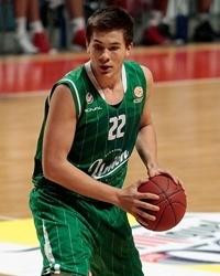 Sulejmanovic con la maglia dell'Olimpia Lubiana