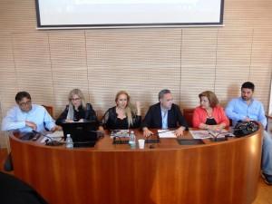 Il tavolo presso la Sala Senato dell'Università