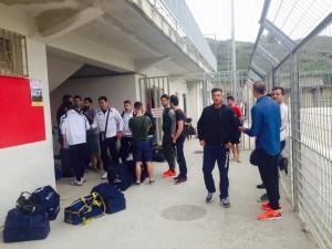 I giocatori del Contesse in attesa al Marullo di Bisconte