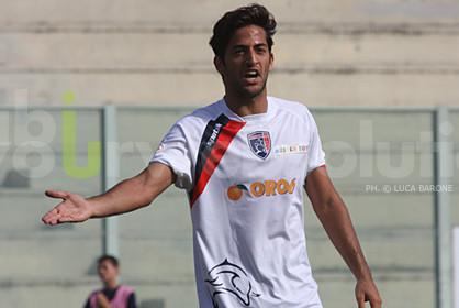 Daniele Biondo con la divisa del Taranto
