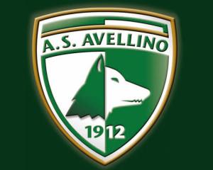 Dopo avere adottato le denominazioni ''Avellino.12'' e ''AS'' i biancoverdi hanno finalmente riottenuto il marchio ''US 1912''
