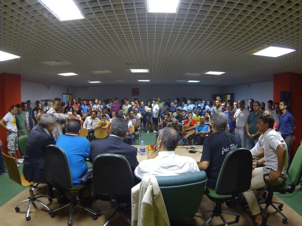 """Una sala stampa gremita per la """"prima"""" dell'ACR di Stracuzzi"""