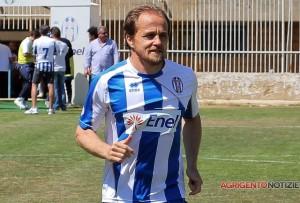 Il centrocampista Davide Baiocco, ad Agrigento con Laneri, potrebbe seguire il ds a Messina