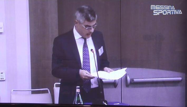 L'avvocato Giovanni Villari in aula