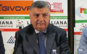 A prendere per primo la parola il vice-presidente Pietro Gugliotta