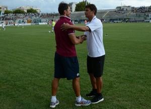 Il saluto tra i due tecnici, Tangorra e Di Napoli